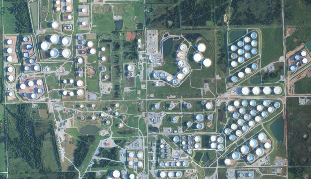 Foto: tanques de almacenamiento en Cushing (Oklahoma)